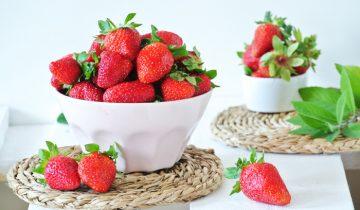 20 fit przepisów z truskawkami